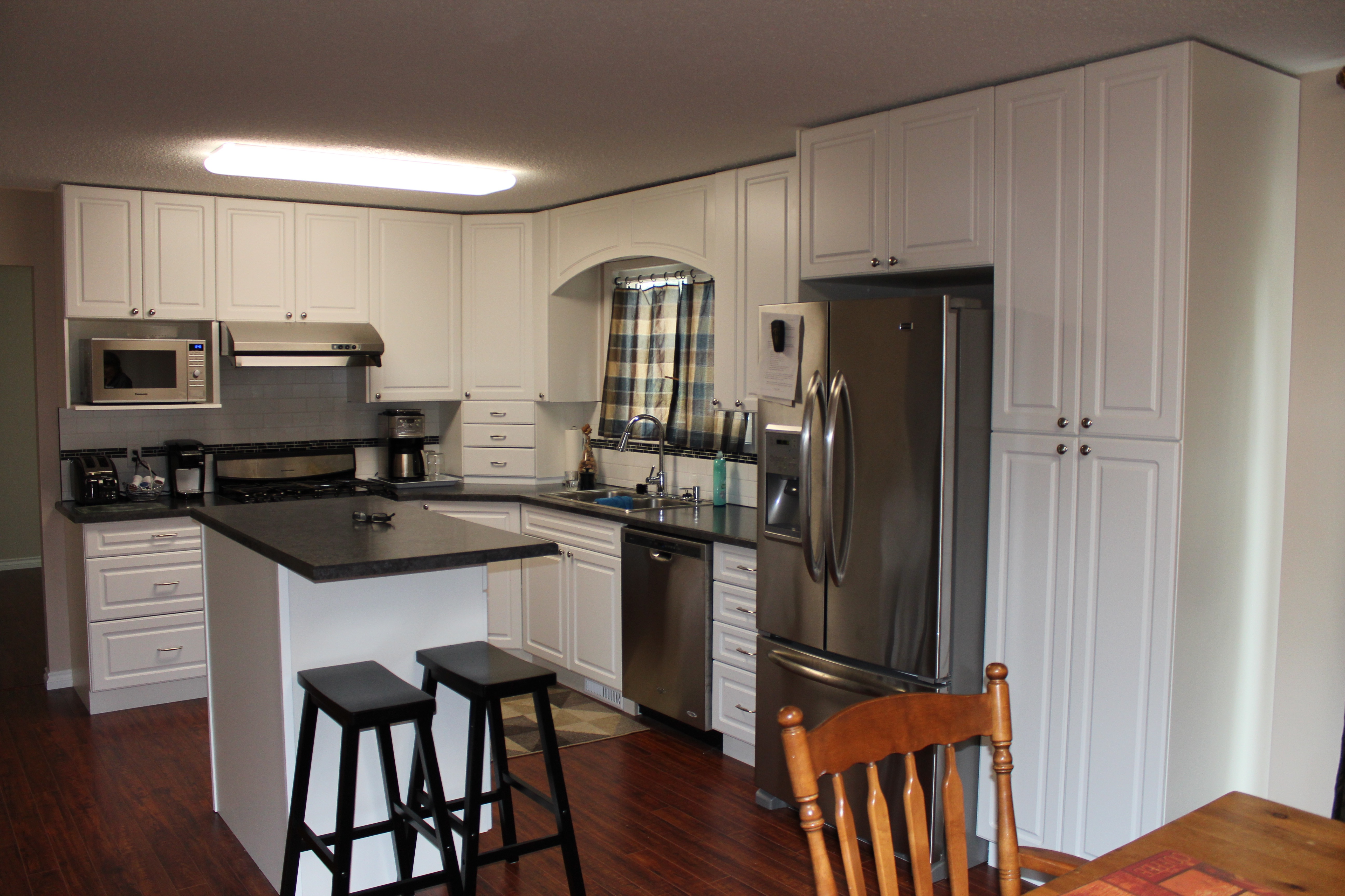 Barry Wood Kitchen Sales